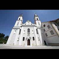 Irsee, Ehem. Abteikirche, Doppelturmfassade