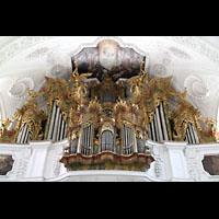 Irsee, Ehem. Abteikirche, Reich verzierter Orgelprospekt