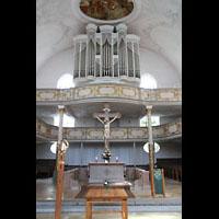 Kaufbeuren, Dreifaltigkeitskirche, Altarraum und Orgel