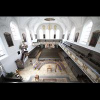 Kaufbeuren, Dreifaltigkeitskirche, Blick von der Orgelempore in die Kirche