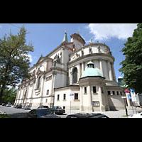 München - Sendling, St. Margaret, Chor und Seitenansicht