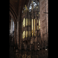 Chester, Cathedral, Orgel, vom Chor aus gesehen