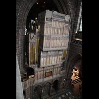 Chester, Cathedral, Blick von der Balustrade des Nordschiffs auf die Rückwand der Orgel