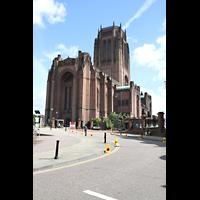 Liverpool, Anglican Cathedral (Hauptorgelanlage), Außenansicht von Südwesten