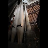 York, Minster (Cathedral Church of St Peter), Die mächtigen tiefsten und größten Pfeifen des Double Open Diapason 32'