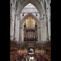 York, Minster (Cathedral Church of St Peter), Chorgestühl und Orgel