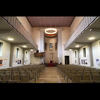 Berlin (Wedding), St. Paul, Innenraum in Richtung Altar