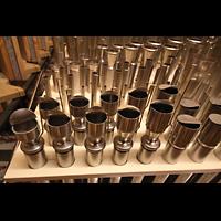Berlin (Zehlendorf), Pauluskirche (Bach-Orgel), Pfeifen der Voix humaine im Récit