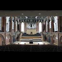 Neubrandenburg, Konzertkirche St. Marien, Konzertsaal in Richtung Orgel