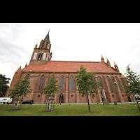 Neubrandenburg, Konzertkirche St. Marien, Konzertkirche seitlich