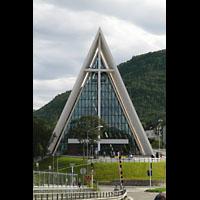 Tromsø - Tromsdalen, Ishavskatedralen (Eismeer-Kathedrale), Fassade