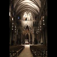 Trondheim, Nidarosdomen (Wagner-Orgel), Innenraum in Richtung Chor mit 'Lettner'