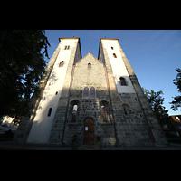 Bergen, Mariakirke, Fassade mit Türmen