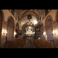 Bergen, Mariakirke, Innenraum in Richtung Chor