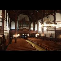 Bergen, Johanneskirke, Innenraum in Richung Orgel