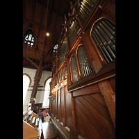 Bergen, Johanneskirke, Orgel mit Spieltisch