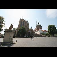 Erfurt, Dom St. Marien, Domplatz mit Dom (links) und Severikirche (rechts)