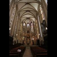 Erfurt, Dom St. Marien, Innenraum / Hauptschiff in Richtung Chor