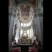 Passau, Dom St. Stephan, Altar und Chorraum