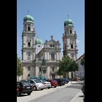 Passau, Dom St. Stephan, Fassade