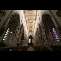 Ulm, Münster (Hauptorgel), Innenraum / Hauptschiff in Richtung Chor