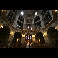 Aachen, Dom St. Marien (Hauptorgelanlage), Oktogon mit Hauptorgel (Nordost- und Südostorgel zwischen den Pfeilern)