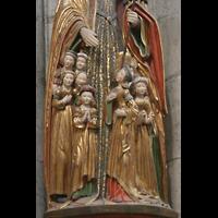 Köln, Dom St.Peter und Maria (Truhenorgel), Heilige Ursula als Schutzmantelfigur
