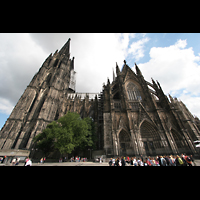 Köln, Dom St.Peter und Maria (Truhenorgel), Seitenansicht von außen