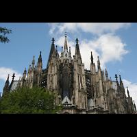 Köln, Dom St.Peter und Maria (Truhenorgel), Chor, Vierungsturm und Haupttürme