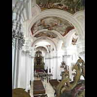 Weingarten, Basilika St. Martin - Große Orgel, Seitlicher Blick von der Orgelempore in die Basilika