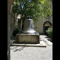 Schaffhausen, Münster (ehem. Kloster zu Allerheiligen), 4,5 Tonnen schwere Schillerglocke von 1486, läutete bis 1895 als größte Glocke des Münsters