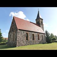 Mühlenbecker Land - Schönfließ, Ev. Kirche, Ansicht von Nordosten