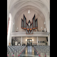 Berlin (Tiergarten), Heilandskirche, Innenraum in Richtung Orgel