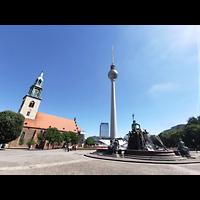 Berlin (Mitte), St. Marienkirche, Marienkirche, Fernsehturm und Neptunbrunnen