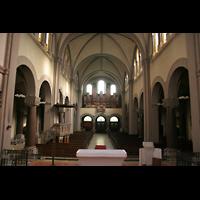 Berlin (Wedding), St. Joseph, Innenraum / Hauptschiff in Richtung Chor