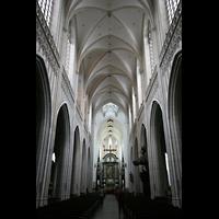Antwerpen (Anvers), Onze-Lieve-Vrouwekathedraal (Transeptorgel), Innenraum / Hauptschiff in Richtung Chor