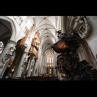 Brussel (Bruxelles - Brüssel), Kathedraal Sint Michiel en Sint Goedele (Hauptorgel), Hauptschiff mit Hauptorgel und Kanzel