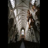 Brussel (Bruxelles - Brüssel), Kathedraal Sint Michiel en Sint Goedele (Hauptorgel), Hauptschiff mit Orgel und Blick nach hinten