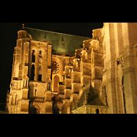 Chartres, Cathédrale Notre-Dame, Querhaus bei Nacht