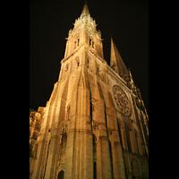 Chartres, Cathédrale Notre-Dame, Türme bei Nacht