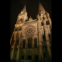 Chartres, Cathédrale Notre-Dame, Fassade bei Nacht
