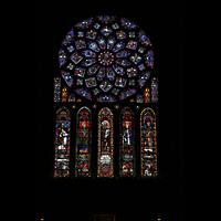 Chartres, Cathédrale Notre-Dame, Bunte Fenster mit Glasmalerei