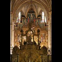 Toledo, Catedral (Órgano del Emperador), Chorraum mit Altar
