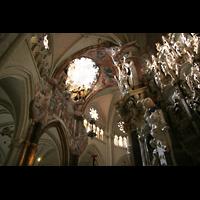 Toledo, Catedral (Órgano del Emperador), Barocker Figurschmuck