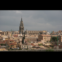 Toledo, Catedral (Órgano del Emperador), Ansicht vom Stadtrand