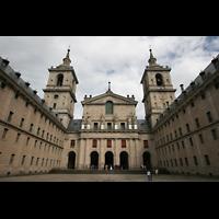 San Lorenzo de El Escorial, Basílica del Real Monasterio, Fassade