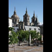 San Lorenzo de El Escorial, Basílica del Real Monasterio, Kuppeln und Türme