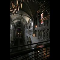 Lausanne, Cathédrale, Blick vom Spieltisch ins Hauptschiff