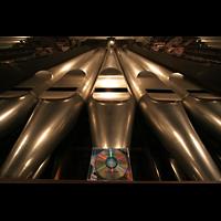 Luzern, Hofkirche St. Leodegar (Große Orgel mit Echowerk), Prinzipal 32' mit CD-Hülle zum Vergleich