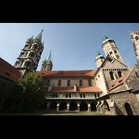 Naumburg, Dom, Innenhof mit Türmen